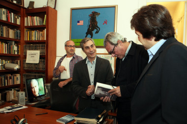 Paul Auster visitó la Fundación TEM