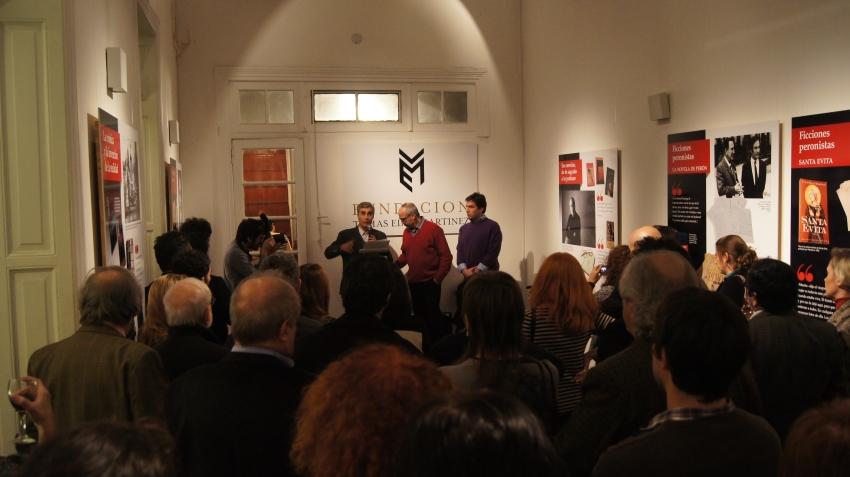 Inauguración de la muestra por el 80° aniversario de Tomás Eloy Martínez.